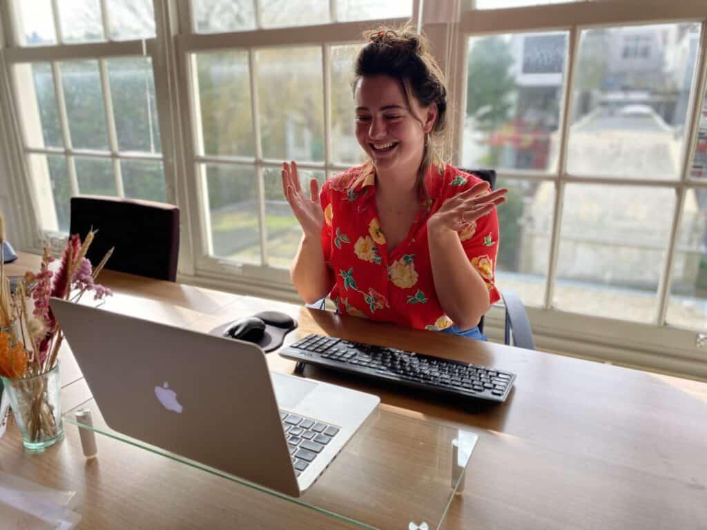 Studentdocent Dido geeft een online seniorencollege Kunstgeschiedenis