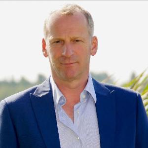 Gerard Bakker, lid Raad van Toezicht van Oud Geleerd Jong Gedaan